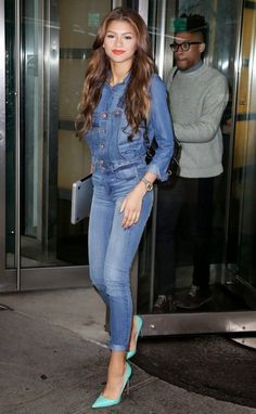 Denim Overalls with some classy heels! I have to try this with my overalls, would have to change the shirt, not feeling this one!