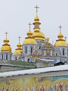 St. Michael's Golden-Domed Monastery   HOME SWEET WORLD