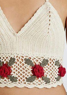 Bikini Crochet, Crochet Halter Tops, Crochet Crop Top, Crochet Blouse, Crochet Woman, Love Crochet, Beautiful Crochet, Knit Crochet, Crochet Flower Patterns