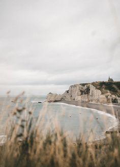 Escales iodées - Étretat - Photography, Landscape photography, Photography tips Landscape Photography Tips, Nature Photography, Travel Photography, Photography Projects, Urban Photography, Nature Aesthetic, Beach Aesthetic, Travel Aesthetic, Fuerza Natural