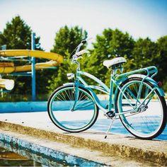Os decimos Buenos Días con nuestra bici SKINNY TURQUESA <3 BICICLETA PARA MUJER SKINNY TURQUESA http://favoritebike.com/shop/beach-cruiser/bicicleta-para-mujer-skinny-turquesa/  #monday #buenosdias #goodmorning #swimmingpool #bike #bicicletaurbana #bikestagram #lovemybike #cycling #bycicle #healthychoices #urbancycling #summer #bicicletando_fotos #bicicletas #bikeporn #fun #hot #holidays #vacaciones #mybike #ride #relax #sun #lifestyle #travel #instamood