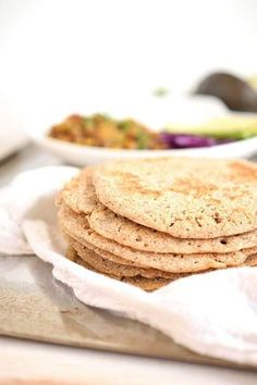 How delicious is this Sourdough Buckwheat Flatbread? Only 1 main ingredient - buckwheat. Naturally gluten-free and fermented. Way to simple. Gluten Free Baking, Vegan Gluten Free, Gluten Free Recipes, Vegan Recipes, Cooking Recipes, Dairy Free, Sin Gluten, Buckwheat Recipes, Protein Bread