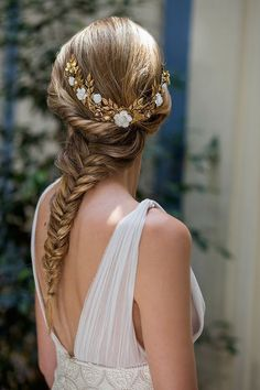 Best wedding braided hairstyles for every event! Wedding hairstyles for this Fall / Winter Bridal Braids, Wedding Braids, Braided Hairstyles For Wedding, Bride Hairstyles, Pretty Hairstyles, Bridal Hair, Office Hairstyles, Hair Fixing, Prom Hair