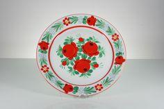 Węgierski porcelanowy talerz ręcznie zdobiony #vintage #vintagefinds #vintageshop #forsale #design #midcentury #midcenturymodern #folk #kitchen #plate