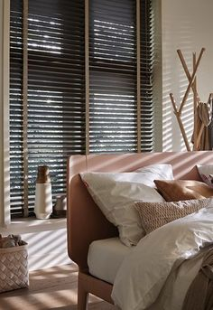 5 Noble Tips AND Tricks: Ikea Blinds And Curtains painted bamboo blinds.Living Room Blinds How To Make modern blinds sliding door. Living Room Blinds, Bedroom Blinds, Window Treatments Living Room, House Blinds, Living Room Windows, Blinds For Windows, Shop Windows, Patio Blinds, Outdoor Blinds
