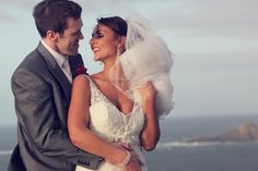 Couple embracing. Image by Woodward Photography