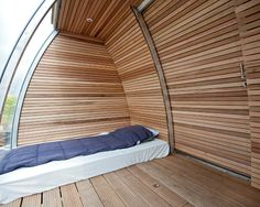 Floating Eco-Cabin by Architect: Marijn Beije of LINES Designworks Tiny House, Eco Cabin, Shelter Design, Container House Design, Container Homes, Modern Cottage, Floating House, Unusual Homes, Beautiful Bedrooms