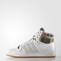 Versão atual em tamanho original do calçado de basquete que dominou as quadras nos anos 70 e 80.