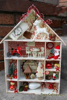 christmas shadow box by betsy skagen Christmas Makes, Christmas Art, Christmas Holidays, Christmas Decorations, Christmas Ornaments, Christmas Houses, Vintage Christmas Crafts, Christmas Projects, Holiday Crafts
