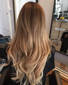 72 Brunette Hair Color Ideas in 2019 - Cabello Rubio Blonde Hair Looks, Honey Blonde Hair, Blonde Hair With Highlights, Blonde Balayage On Brown Hair, Healthy Blonde Hair, Honey Brown Hair, Balayage Brunette, Light Hair, Balayage Hair