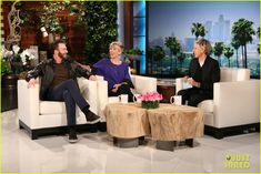 chris evans scares scarlett johansson on ellen 05 Scarlett Johansson gets the living daylight scared out of her by Chris Evans during an appearance on The Ellen DeGeneres Show, airing on Thursday (April 30).   …
