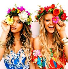 You must have heard everyone talking about Coachella Festival? Girls and ladies usually love to have fringe or a flower crown on some special occasions. But not everyone is headed to have this look for Hippie Style, Look Hippie Chic, Boho Chic, Boho Style, Gypsy Style, Style Hipster, Indie Hipster, Hipster Grunge, Hipster Outfits