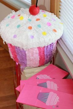 Cupcakes! Birthday Party Ideas | Photo 1 of 18 | Catch My Party