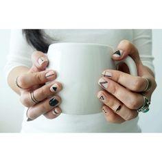 Diese minimalistischen Nagel-Designs sind wunderschön