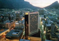 High resolution photos and images in picture galleries all around Cape Town and South Africa Cape Town, Empire State Building, Old Houses, South Africa, Times Square, Sun, History, Pictures, Photos