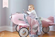 Gigi Loves - Bespoke Personalised Children's Blankets / Gigi Brooks
