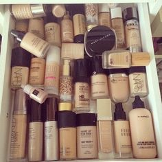Holy shit $$$ what i would give to have this foundation collection!