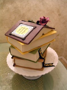 Stack of Books Cake. Unique Cakes, Creative Cakes, Beautiful Cakes, Amazing Cakes, Library Cake, Book Cakes, Gateaux Cake, Novelty Cakes, Fancy Cakes