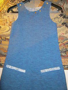 Robe en toile bleue