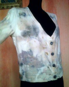 bluza ekologicznie farbowana motywami roslinnymi