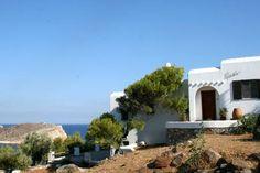Syros - Vari with own bay £122 pn
