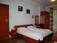 Willa Halka pokoje gościnne w centrum Zakopane góry Tatry wakacje Bed, Furniture, Home Decor, Decoration Home, Room Decor, Home Furniture, Interior Design, Beds, Home Interiors
