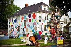 Polka dot house--the cutest house EVER!
