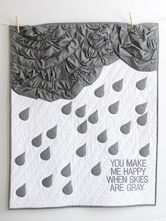 Gray Skies Quilt #Bedroom #Happy #Quilting TheVintageClothespin