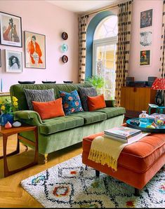 Living Room Decor, Living Spaces, Everything But The House, Bohemian Decor, Apartment Living, Decoration, Colorful Interiors, Home Furniture, Home Decor