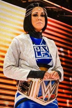 Wrestling Divas, Women's Wrestling, Bailey Wwe, Pamela Rose Martinez, Becky Wwe, Wwe Outfits, Wwe Female Wrestlers, Wwe Girls, Wwe Champions