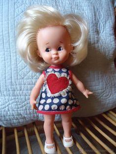 Girls Dresses, Flower Girl Dresses, Wedding Dresses, Mini, Fashion, Antique Dolls, Barbie Dress, Kuchen, Walk In Closet