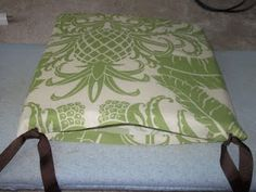 no sew seat cushions totally doing this with my nice new table since I can't sew!