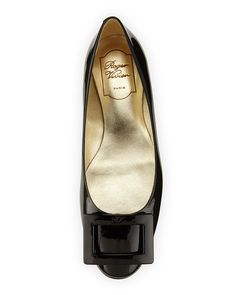Roger Vivier Gomette Patent Leather Flat, Black   Neiman Marcus
