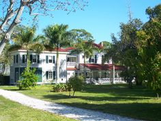 Thomas Edison and Henry Ford's Winter Estates in Fort Myers, FL offer tours of their exhibits including museum, botanical gardens and research laboratory. 2350 McGregor Blvd, Fort Myers, FL 33901 (239) 334-7419