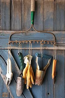 Hanging garden tool organization | ~In the Garden