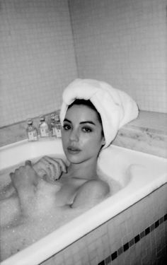 """Addy Kane at Saint James Paris during PFW 2018. (Instagram) """"P.S.: I lived in this bathtub for the week"""""""