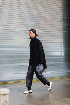 The Best Street Style From New York Fashion Week Annina Mislin - The Cut Best Street Style, Cool Street Fashion, Street Chic, Street Style Women, Black Women Fashion, Look Fashion, Fashion Fashion, Fashion Tips, Fashion Trends
