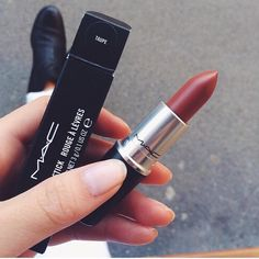 mac taupe lipstick
