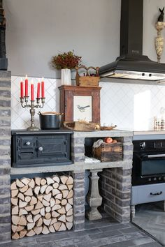 Interior Architecture, Interior Design, Have A Lovely Weekend, Nordic Home, Kitchen Stories, Kitchen Shelves, Country Kitchen, Home Kitchens, Home Goods