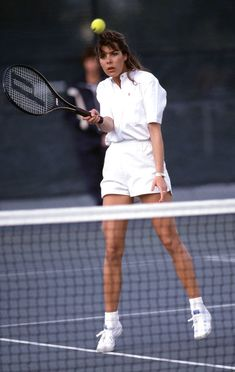 I Don't Play Tennis, But These Vintage Celeb Tennis Outfits Are Ace - Vintage Photos of Celebrities Playing Tennis Outfits: Princess Caroline of Monaco in all-white outf - Stan Smith Trainers, Tennis Whites, Princesa Carolina, Vintage Tennis, Nike Outfits, Tennis Outfits, Princess Caroline Of Monaco, Tennis Clothes, Nike Clothes