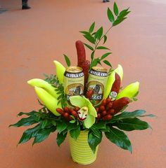 Food Bouquet, Dyi, Gifts, Ideas, Guy Presents, Little Gifts, Funny Birthday Sayings, Edible Gifts, Craft