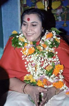 Sahaja Yoga Meditation, Shri Mataji, Mother Pictures, Divine Mother, Best Resolution, Pure Joy, Spiritual Gifts, Polar Bear, Mothers