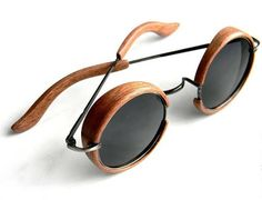 Steampunk wooden Sunglasses Grosse Auswahl bekannter Marken wie Ray-Ban unter diesem link: