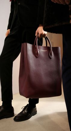 The Carryall in Bonded Leather: One of my favourite runway accessories from the Prorsum Menswear show leather hobo handbags Leather Hobo Handbags, Burberry Handbags, Leather Bags, Burberry Prorsum, Hobo Purses, Purses And Handbags, Brown Handbags, Cheap Handbags, Fashion Bags