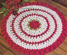 Фото круглые коврики с шишками