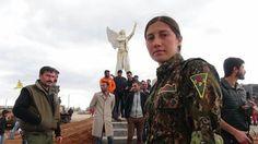 Free Kurdish women statue in Kobane by Zirek artist