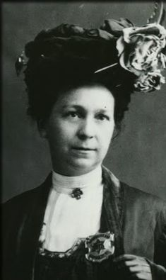 Alice Stebbins Wells, the world's first female police officer. Began working at the LAPD in 1910.