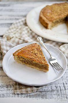 torta langarola con nocciole e marmellata di albicocche