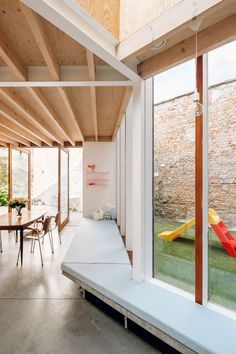 architecten have transformed a row house in Sint-Niklaas, Belgium into a wonderful, light-filled family home - a skilful example of old meets new. Architecture Details, Interior Architecture, Interior And Exterior, Interior Design, Minimalism Living, Wood Interiors, House Extensions, Future House, Hospitality Design