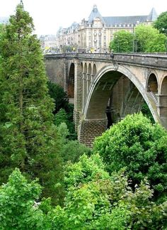 Adolphe arch bridge in Luxembourg City, Luxembourg | by Günter Walther